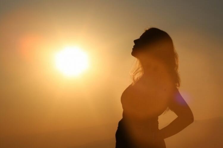 Hamilelikte güneşlenmek faydalı mı, zararlı mı
