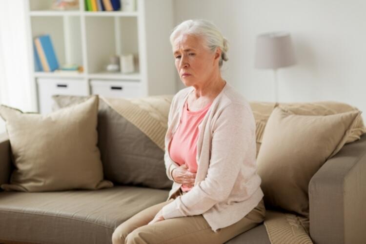 4- Özellikle dikkat etmesi gereken veya risk altında olan özel hasta grupları var mıdır