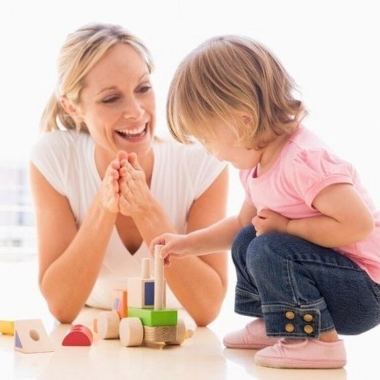 Çocuğuyla oyun oynamayan anneler var
