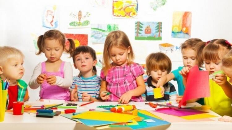 Çocuk, okul öncesi eğitimde yaratıcılığını ortaya koyar