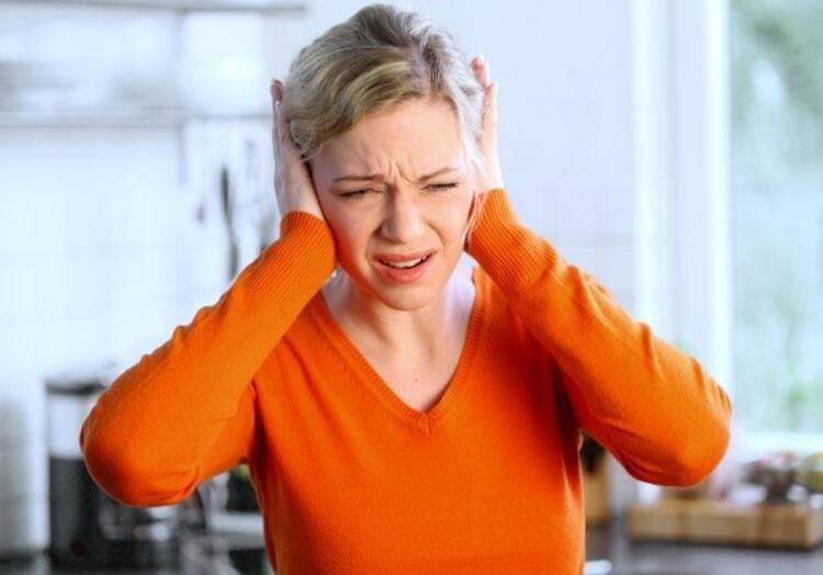 Kulak ağrıları