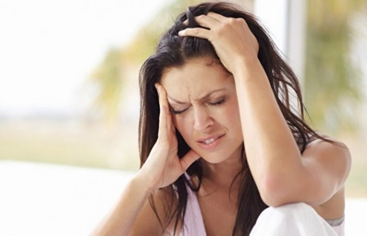 Peki bu ağrıların şiddeti başta mı hissediliyor yoksa boyun ve enseye de inebiliyor mu