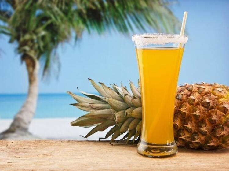 Sigaranın zararını azaltmak için her gün 1 bardak ananas suyu için