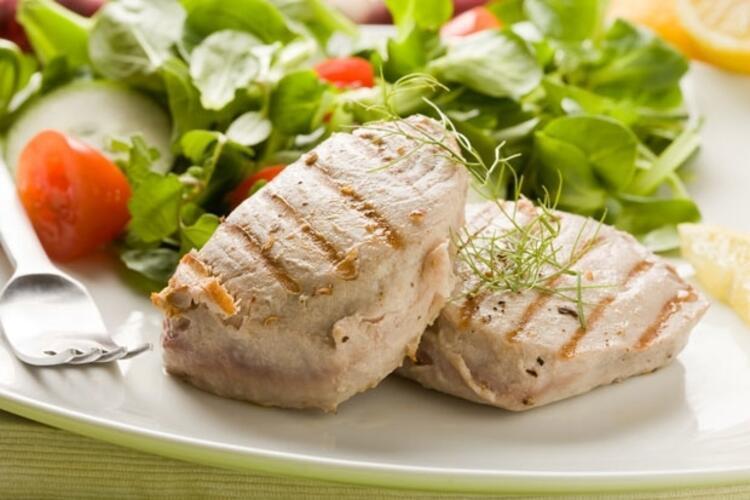 Haftada 3-4 kez balık-salata tüketmek gerekiyor