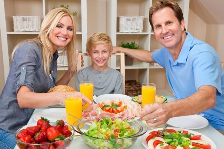 Keyif aldığınız yüksek kalorili besinleri tadımlık yiyin