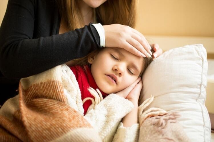 9-Grip oldum, bebeğimi emzirirsem o da mikrop kapar