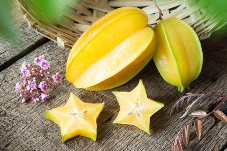Yıldız elması (Star apple)
