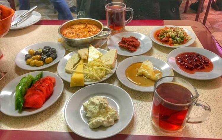 Çakmak Kahvaltı Salonu
