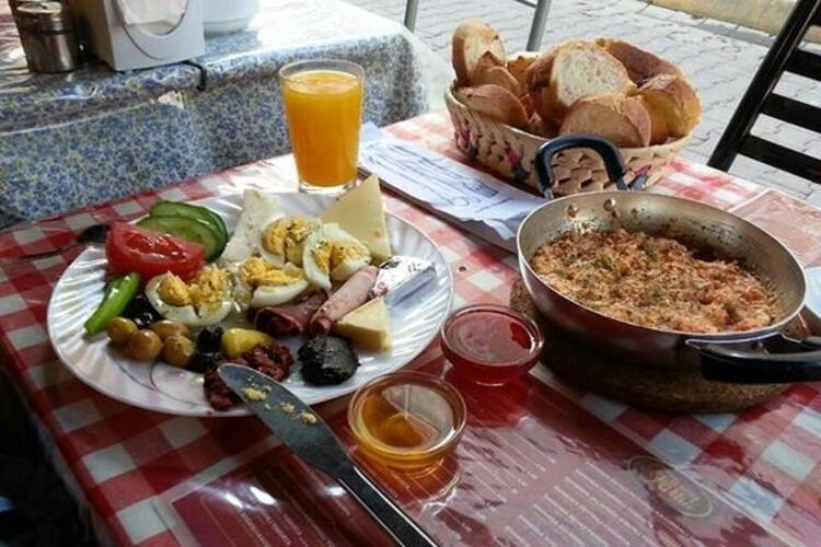 Faruk Cafe Kahvaltı