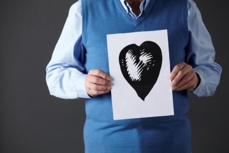 Kalbi koruyor