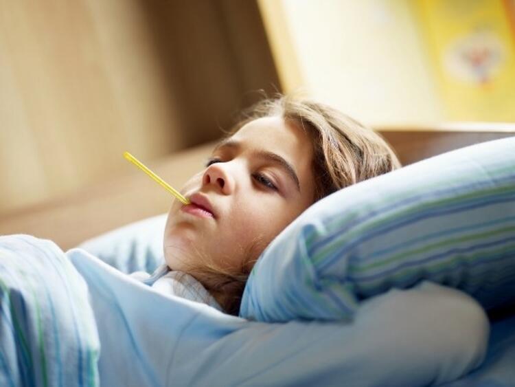 Enfeksiyon rahatsızlığı olan çocuklar evde dinlenmeli