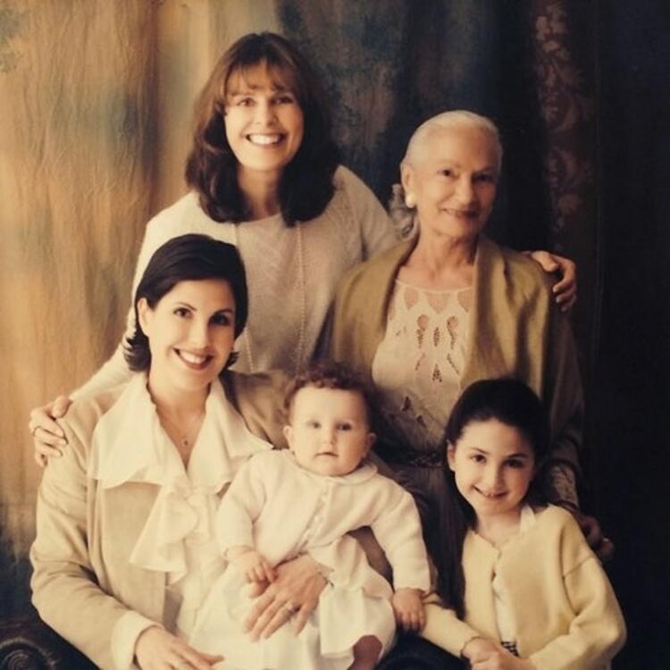 4 nesil İtalyan kadınları