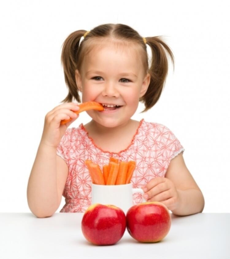 Çocuğun beslenme düzeni ve hijyen kuralları önemli
