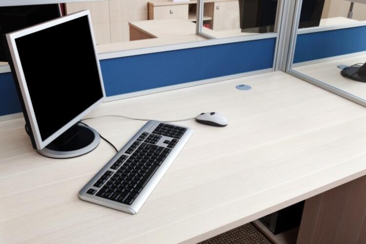 Çalışma masanızı düzenli temizleyin