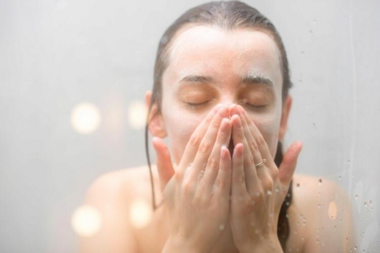 2. Günlük cilt temizliğini aksatmayın