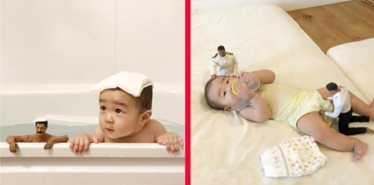 Sevimli bebeğimizin etrafı her an 2 oyuncak bebekle dolu.