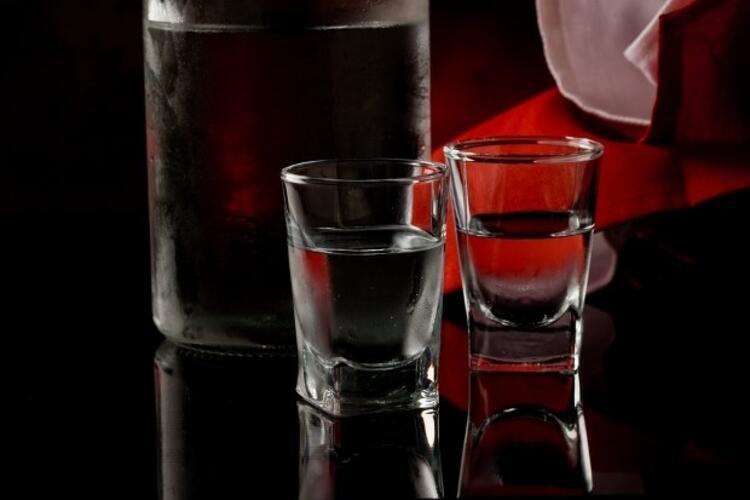 4. Kendi su bardağınızı kullanın