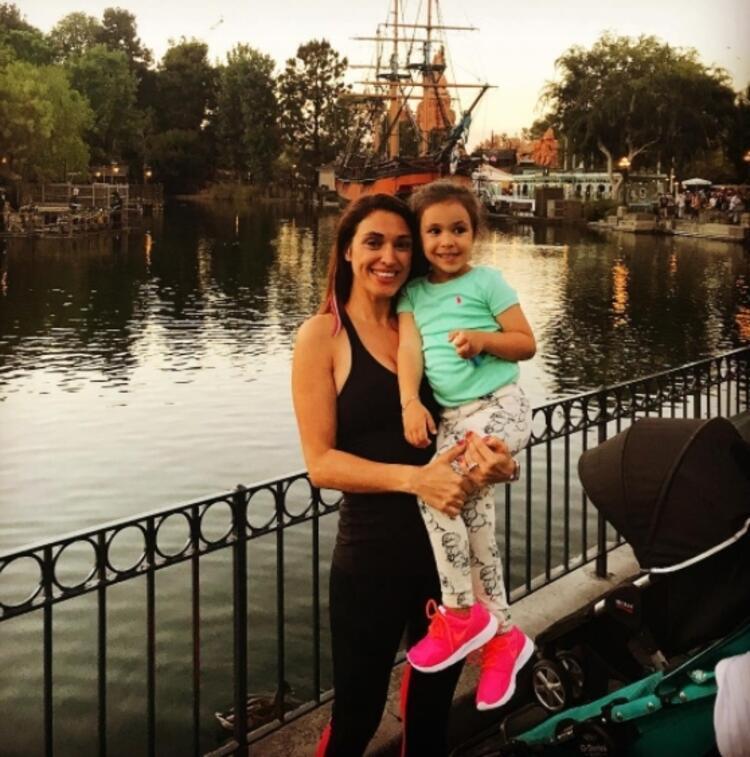 Zuhal Topal ve kızı Lina