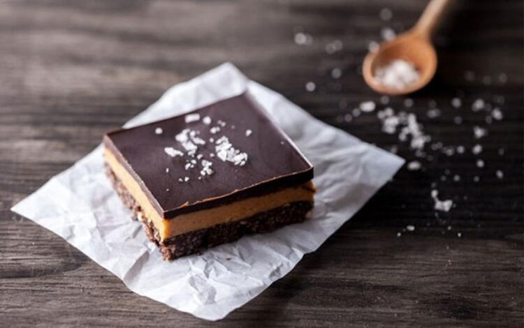 Fıstık ezmeli çikolatalı kek