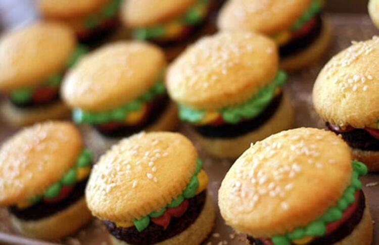 Leziz hamburgerler