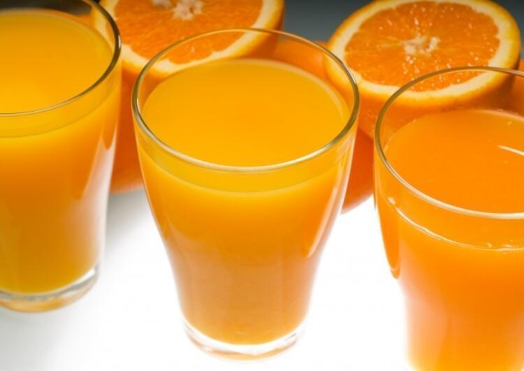 Güne taze portakal veya greyfurt suyu ile başlayabilirsiniz