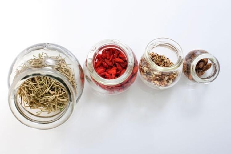 Bitkisel ürünler mutlaka doktor kontrolünde kullanılmalı