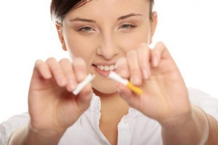 Sigarayı bırakın riskinizi yüzde 50 azaltın