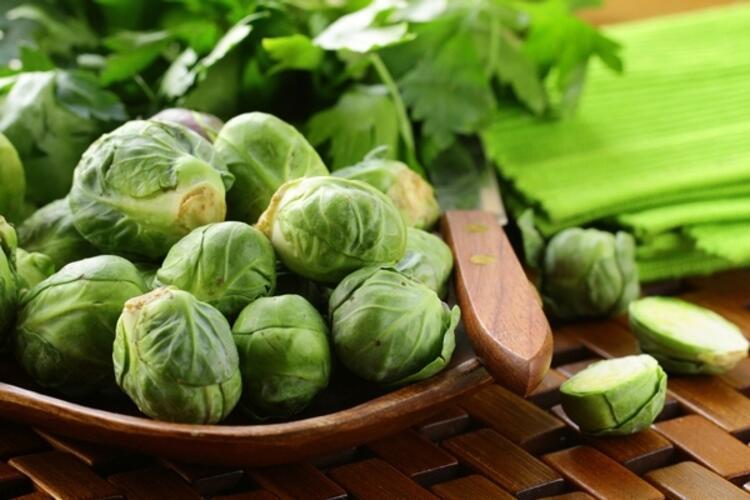 Salatalarınızı Brüksel Lahanasıyla Zenginleştirin