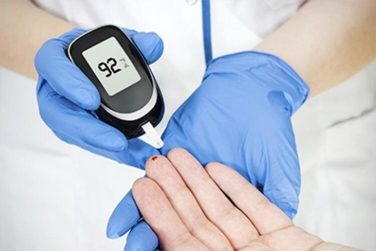 Kan Şekeri Normalize Edildikten Sonra Hastanın Kontrolleri Yaptırmaması Ve İyileşme Hali Olduğu Düşüncesi