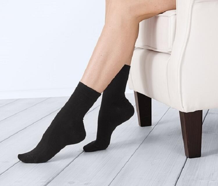 Terleme ve kokuyu pamuklu çorapla önleyebilirsiniz