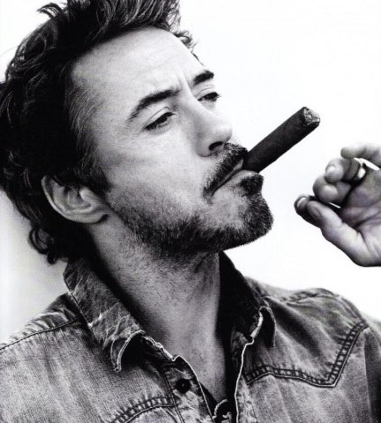 Robert Downey Jr (50 yaşında)