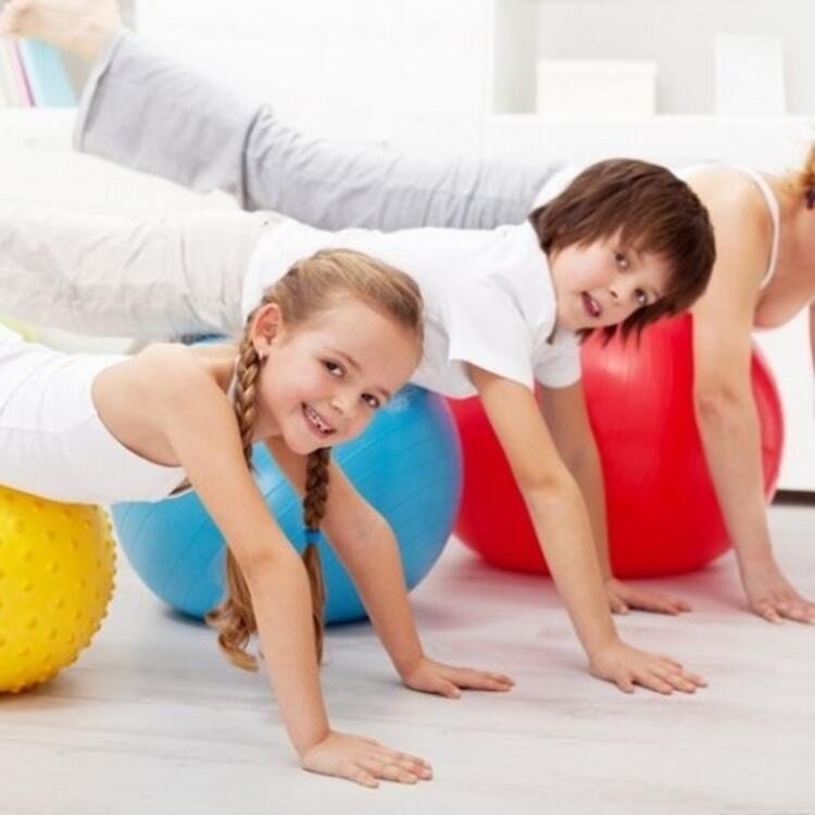 Düzenli hareket çocukların geleceğini korur