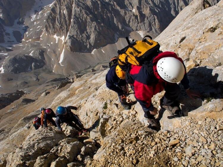Demirkazık'da tırmanış yapmak