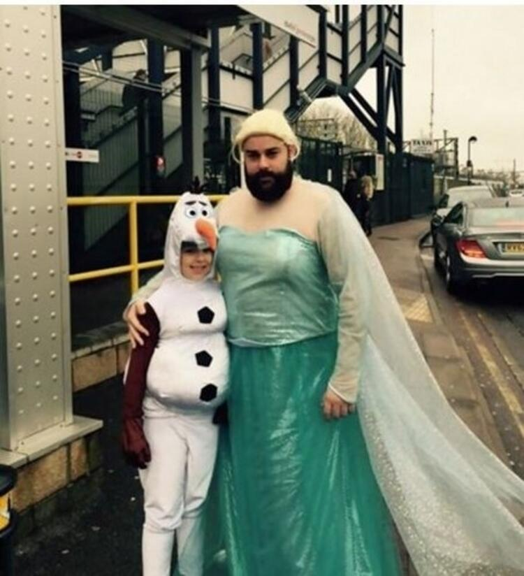Elsa ve Olaf kostümü