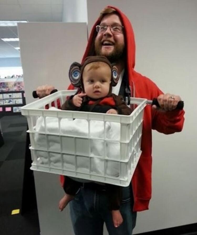E.T. Ve Elliot Kostümü