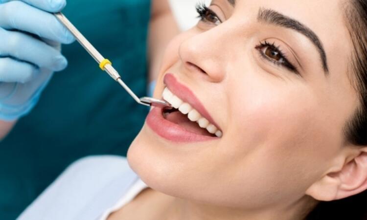 Diş hekimi düzenli ziyaret edilmeli