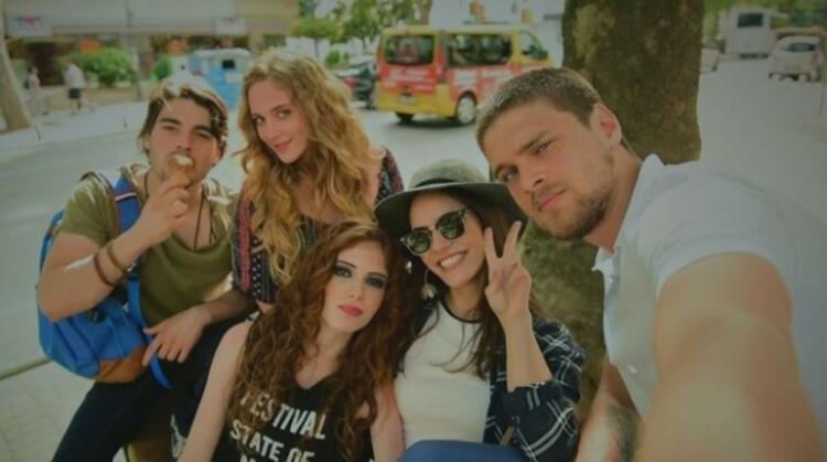 ARKADAŞLAR İYİDİR (SHOW TV)