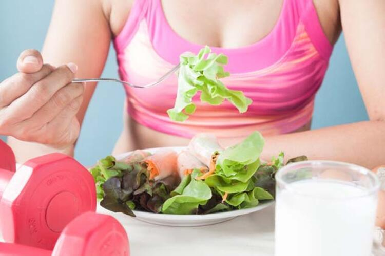 Akdeniz Diyeti için Sağlıklı Bir Tarif Önerisi: Çıtır Mikrobiyota Salatası
