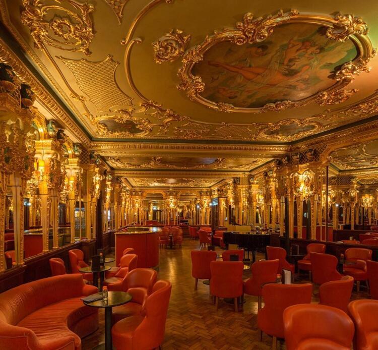 3- Hotel Café Royal Londra / İngiltere