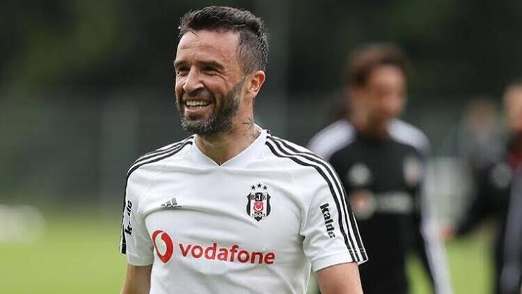 Gökhan Gönül(Beşiktaş)