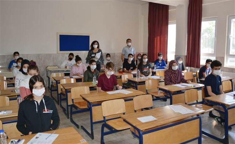Geçen seneye göre sınava katılım arttı