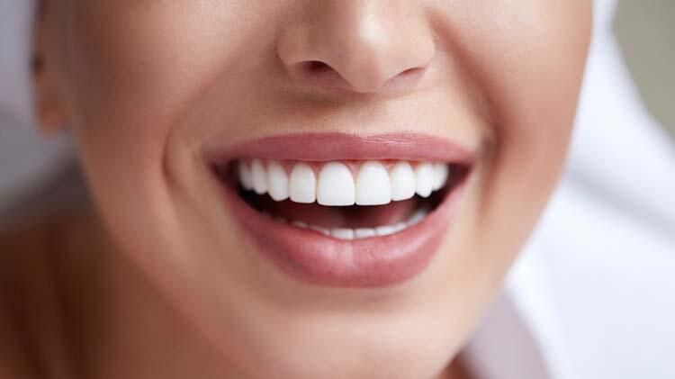 Diş ve diş eti sorunları başka hastalıkların göstergesi olabilir mi