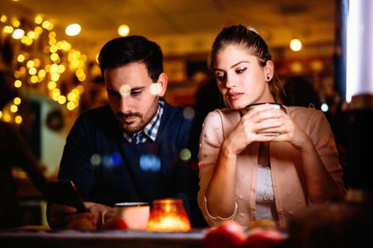 Evliliğe kutsal bir kurum gibi bakıyorsanız risk altındasınız