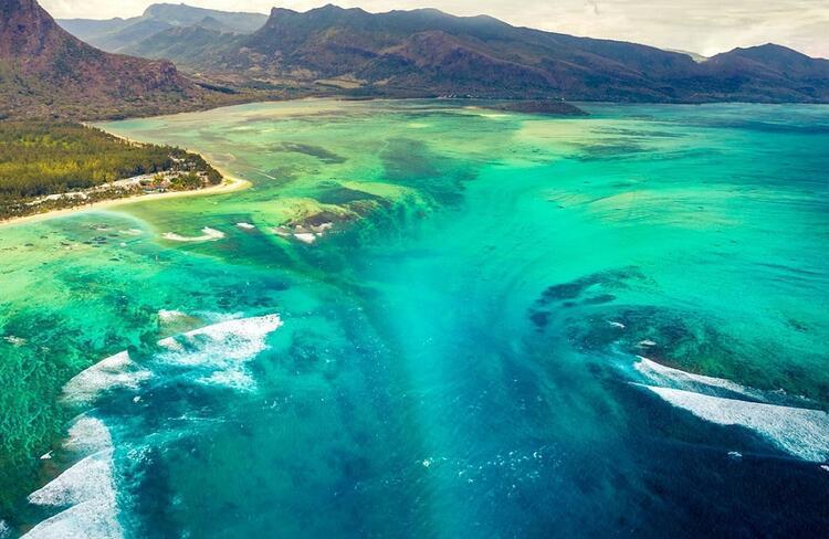 Su altı Şelalesi - Mauritius