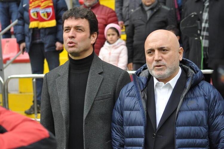 Galatasaray'da teknik ekip ve idari birimde yeni bir yapılanma var, yararlı olur mu