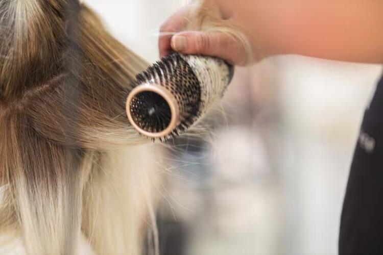 •Bu dönemde hangi saç bakım ürünleri kullanılmalıdır
