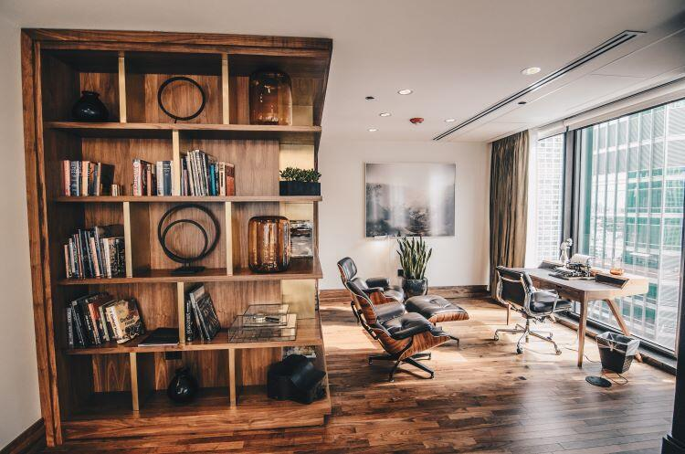 Odalarınızı güzelleştiren ahşap kitaplık modelleri