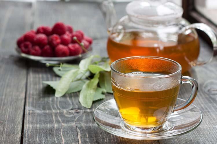 Aşırı bitki çayı tüketmek