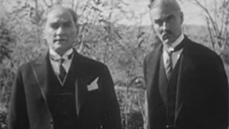 Atatürk kaç dil biliyordu