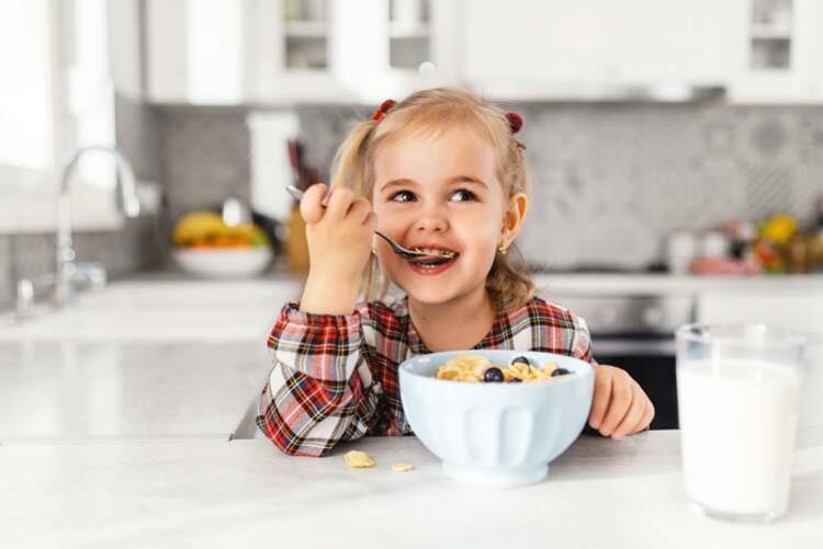 Sağlıklı beslenme eğitimi verin